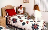 Patient room at Rader Eating Disorder Clinic at Pacific Shores Hospital