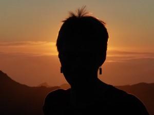 silhouette-384538_640