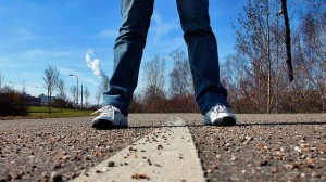 sidewalk-657906_640