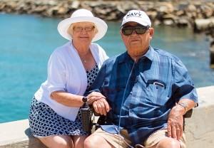 grandparents-1054311_640x443