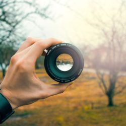 Looking through a lens Obsessive about a picture