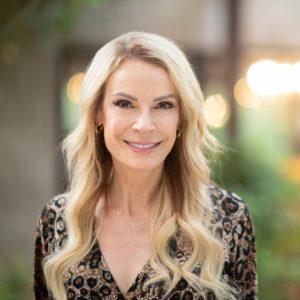 Dr. Nina Headshot